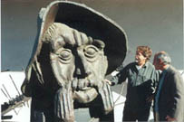 fresno-saroyan-statue